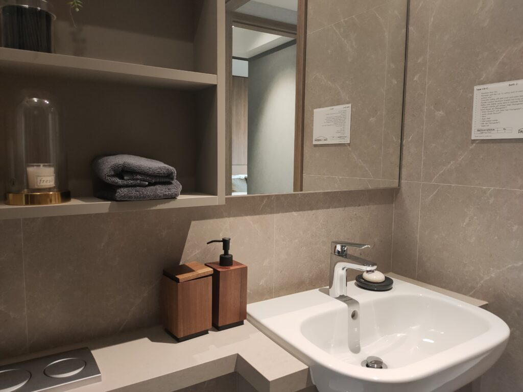Brand New Residential Project Condominium for sale in singapore